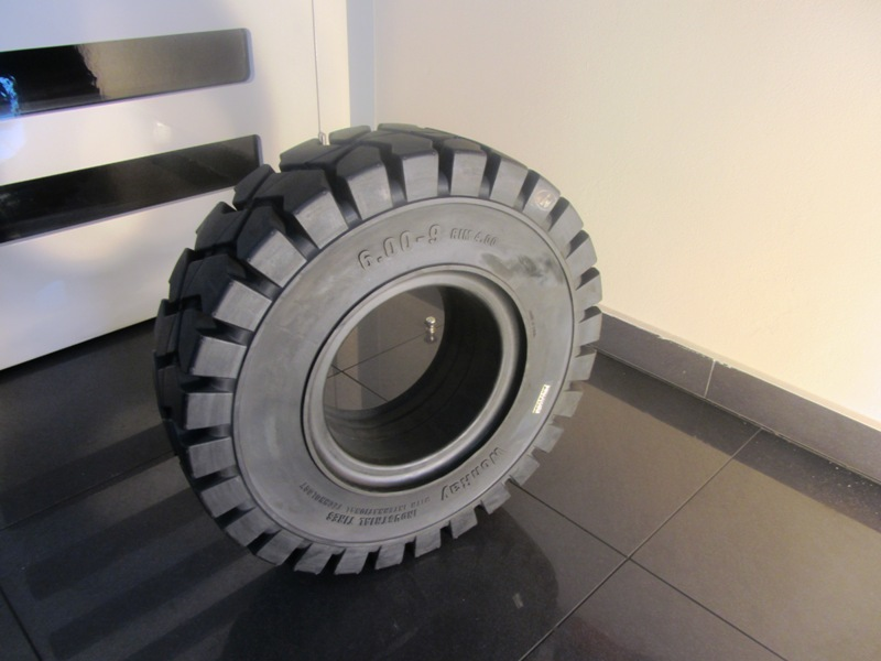 Solide tyre 6.00-9 WonRay STANDARD