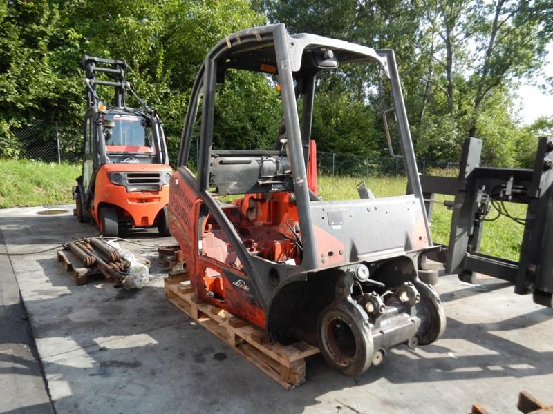 Forklift counterbalanced cabin Linde 393 EVO
